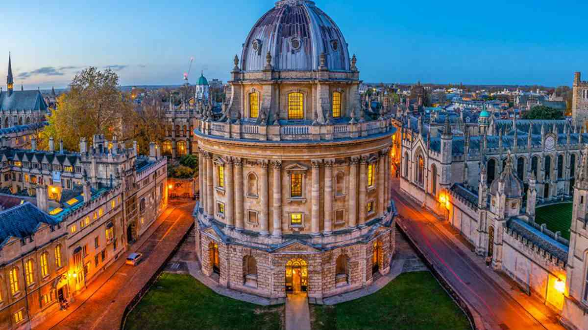 Best Courses to Study at Oxford